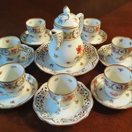 Full tea set