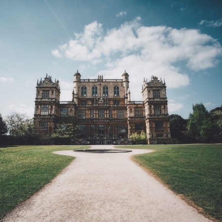Stately Home by Mike Smith on Unsplash
