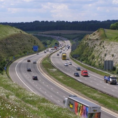 M3 motorway in the Twyford Down cutting photo by Jim Champion on geograph UK