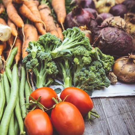 pile of vegetables by markus-spiske-vyHo3nnk8G8-unsplash